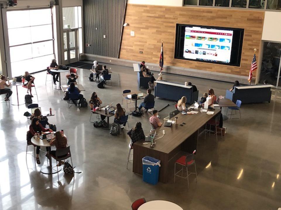 Cherry Creek apprentices in the Future Educator program participate in a literacy training.