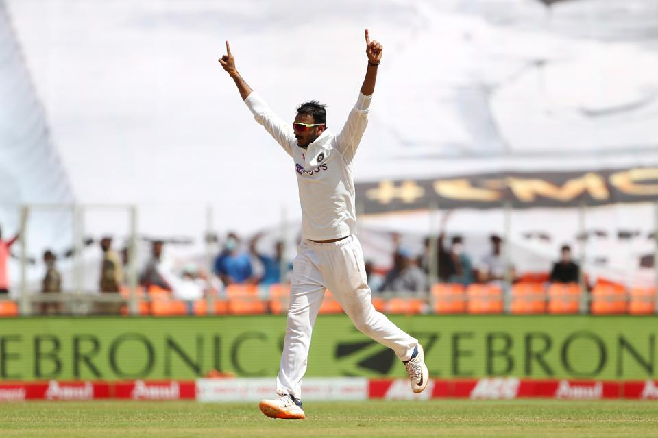 India v England - 4th Test: Day Three