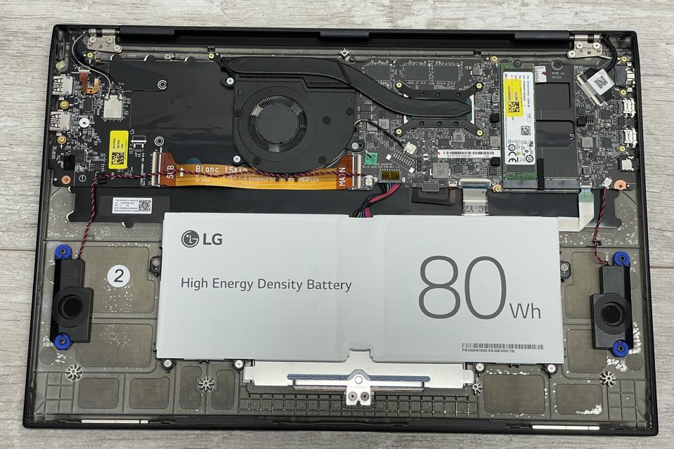 The LG Gram 17 (2021)