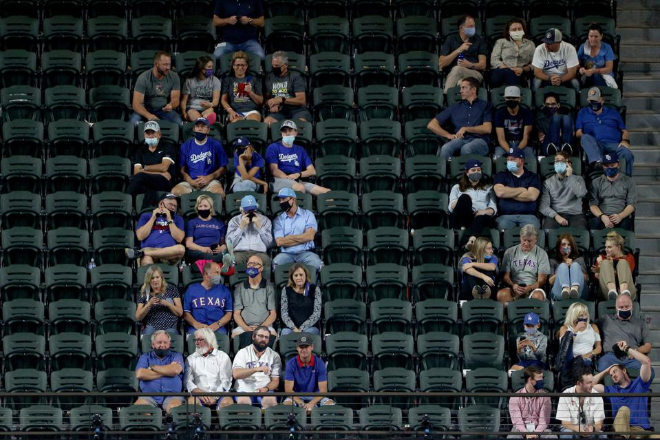 MLB fan attendance in the pandemic