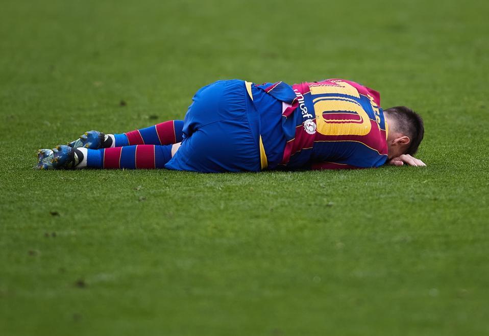 Barcelona Messi Debt