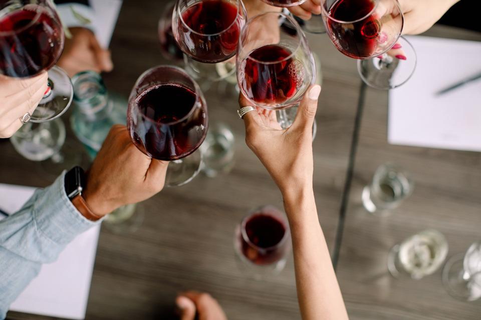 Yahyn wine