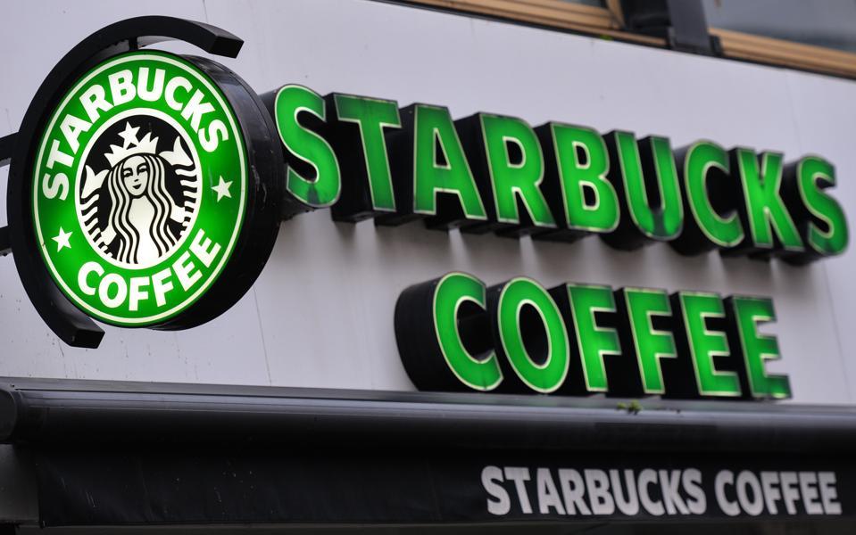Air Canada's Aeroplan loyalty program announces new partnership with Starbucks