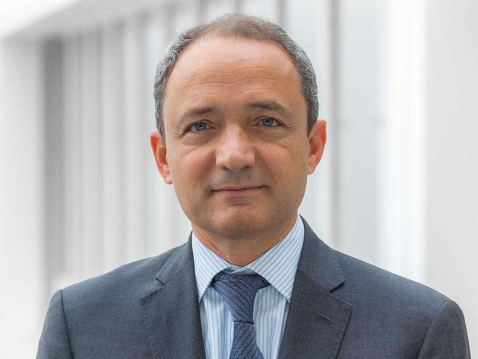 Headshot of Benoit Valentin of Temasek.