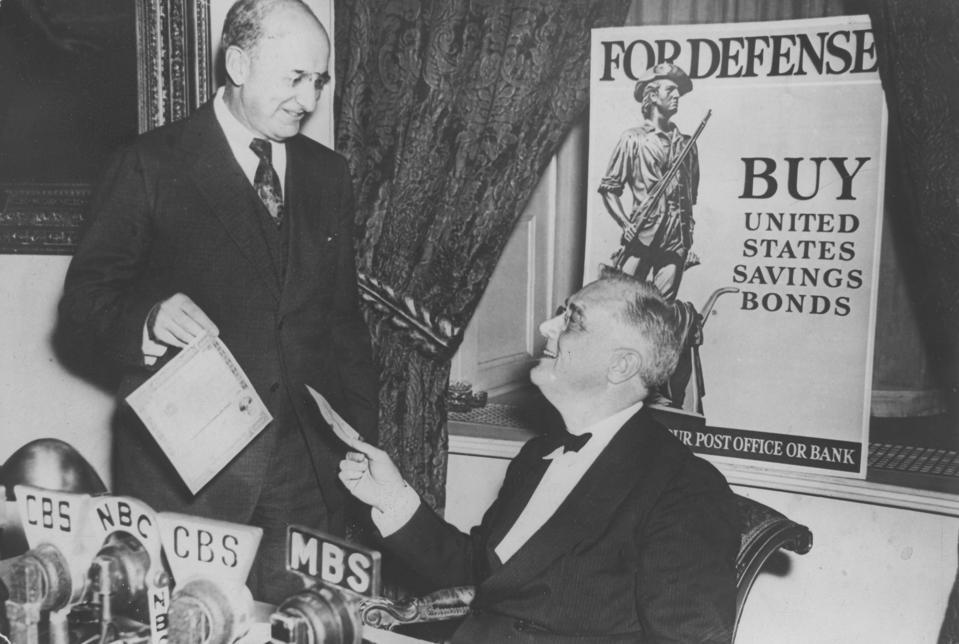 Franklin D.Roosevelt, Politiker, USA, Präsident, mit Henry Morgenthau (l)
