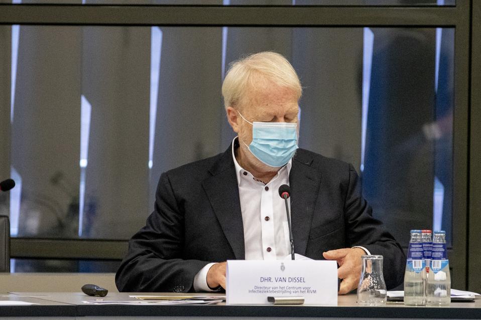 Experts advise Tweede Kamer parliament on coronavirus
