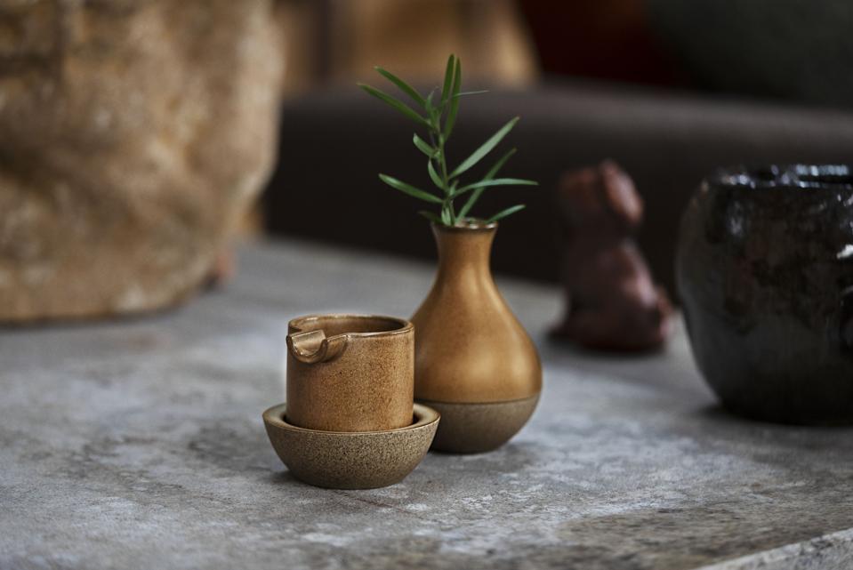seth rogen ceramics set houseplant cannabis marijuana brand