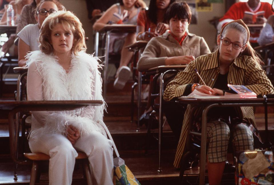 drew barrymore outfit never been kissed