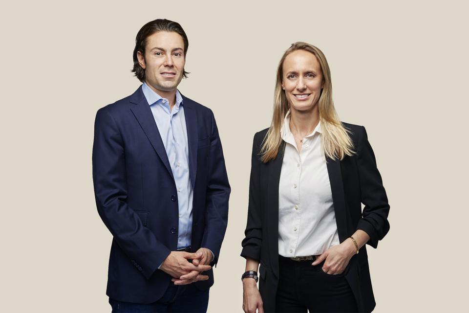 Les fondateurs de Harness Wealth, David Snider et Katie Prentke English, sont respectivement PDG et CMO.
