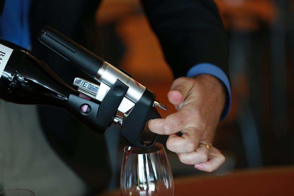 Greg Lambrecht Demonstrates Coravin