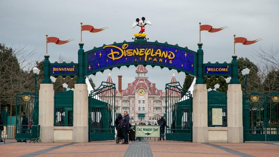 Disneyland Paris entrance