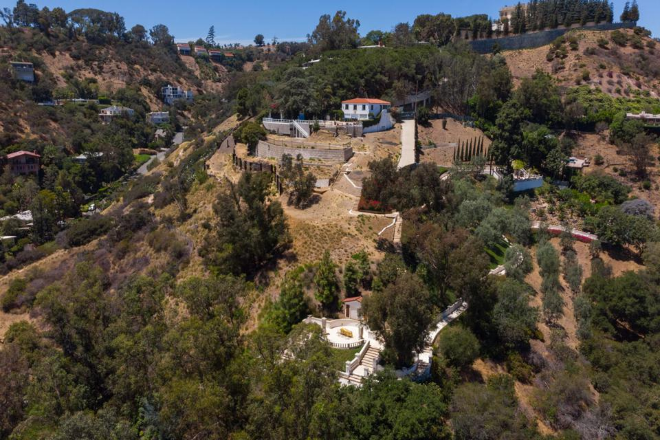 rudolph valentino falcon lair estate bella road beverly hills