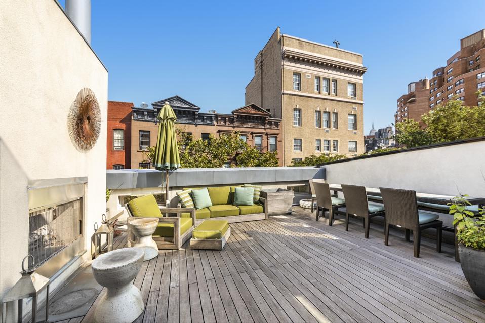 outdoor deck patio at 42 Jane Street west village manhattan townhouse