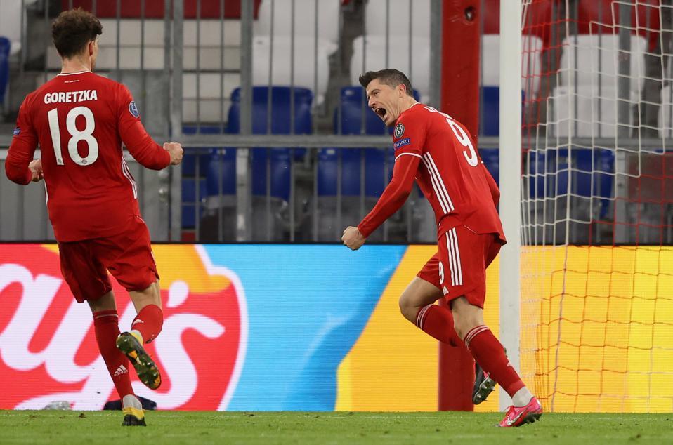 Bayern M ன்ச nsen v. S.S.  Lazio - UEFA Champions League babak 16 perempat dua