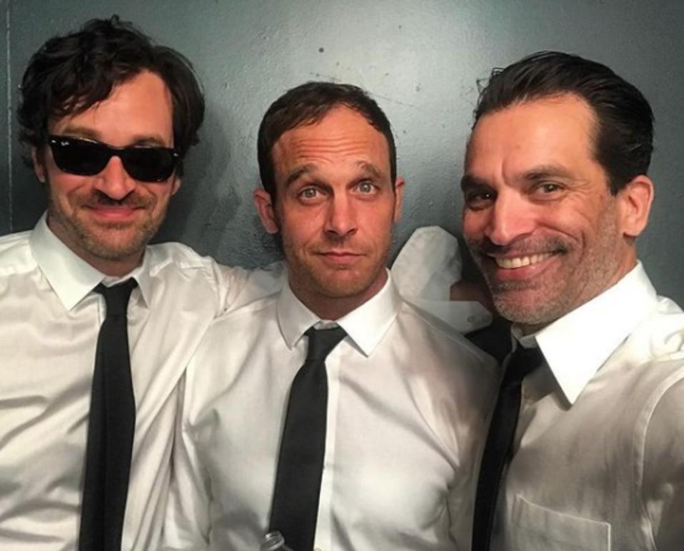 Tom Everett Scott, Ethan Embry and Johnathon Schaech reuniting for a photo together