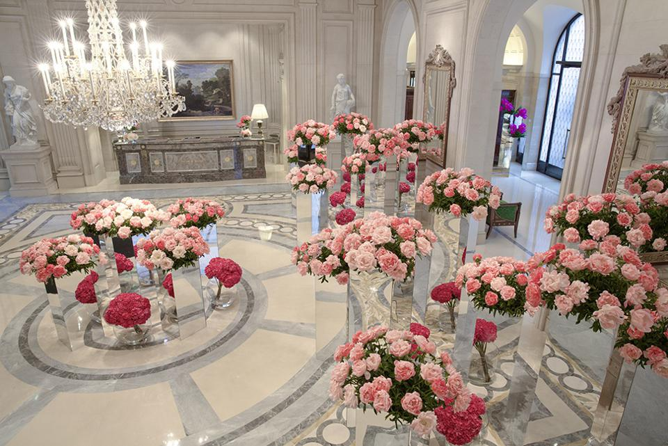 Lobby with flowers