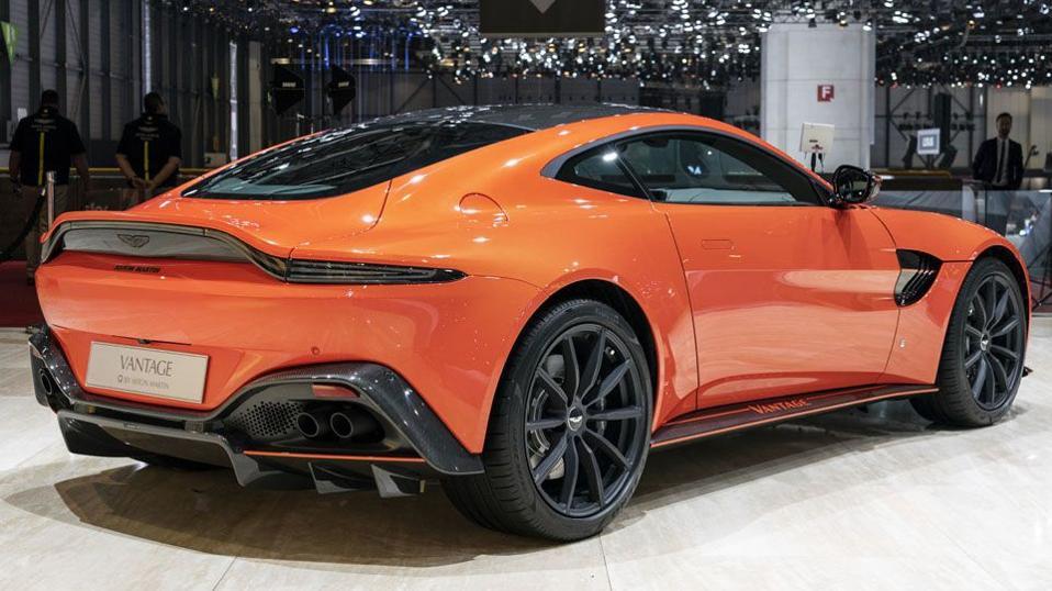 Aston Martin Vantage Is A Rock Concert On Wheels