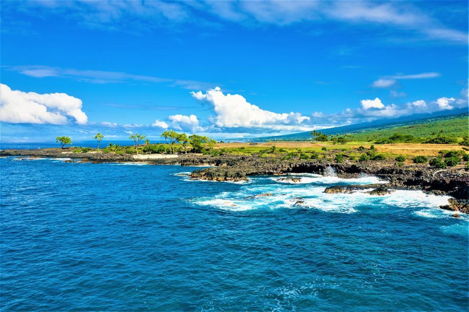 ocean and beachfront at hokuli'a luxury enclave hawaii big island kona
