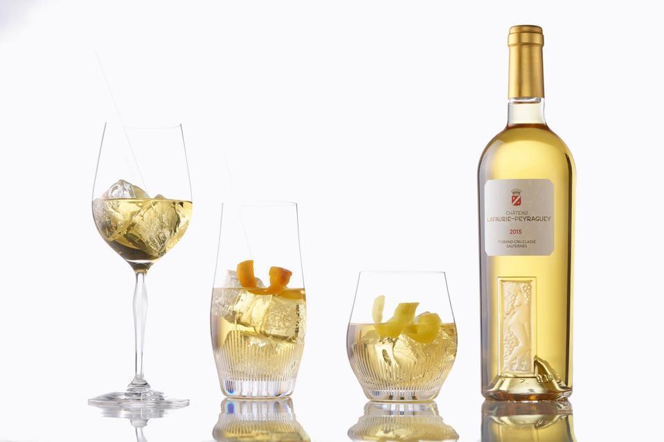 SweetZ with Château Lafaurie-Peyraguey Sauternes, ice cubes and orange or lemon zest