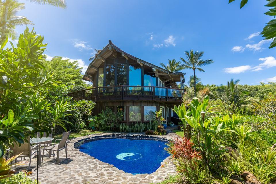 swimming pool and house at 707 Puniawa Road in maui hawaii matt beall