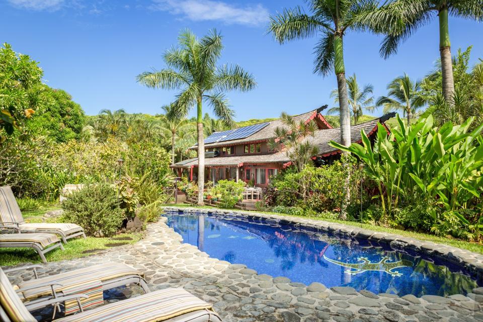 pool and house maui luxury compound 707 Puniawa Road