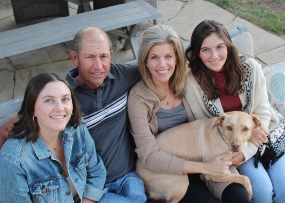 De chômeuse à indépendante, Susie Minier passe du temps avec sa famille