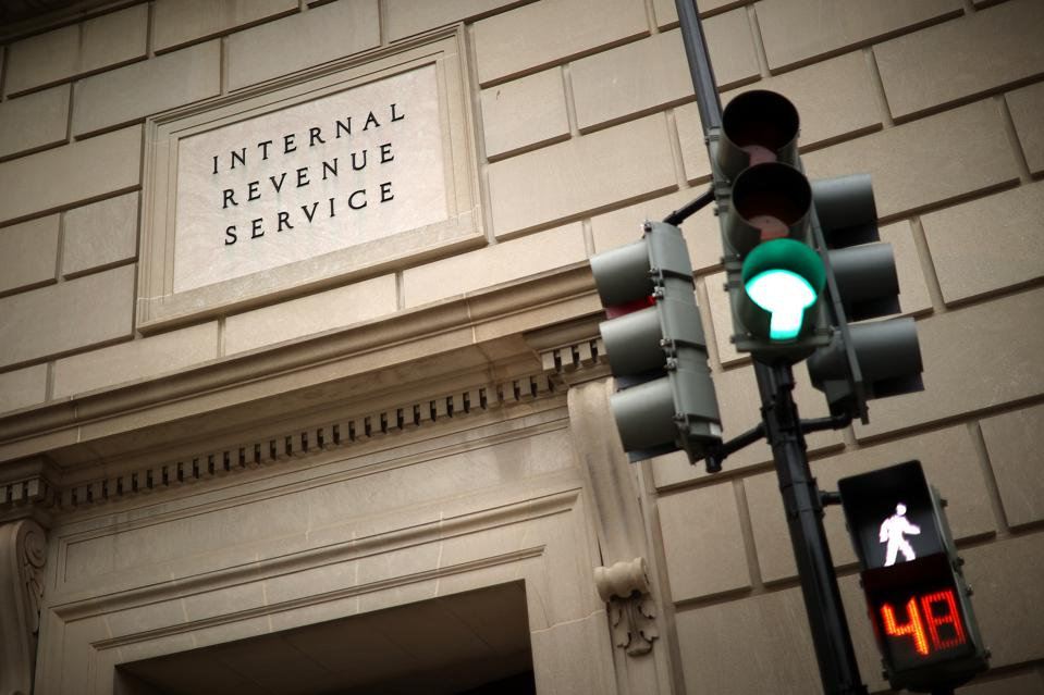 IRS Calls For Some Employees To Return To Offices To Deal With Backlog