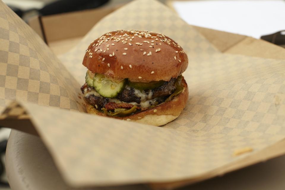 burger and bun