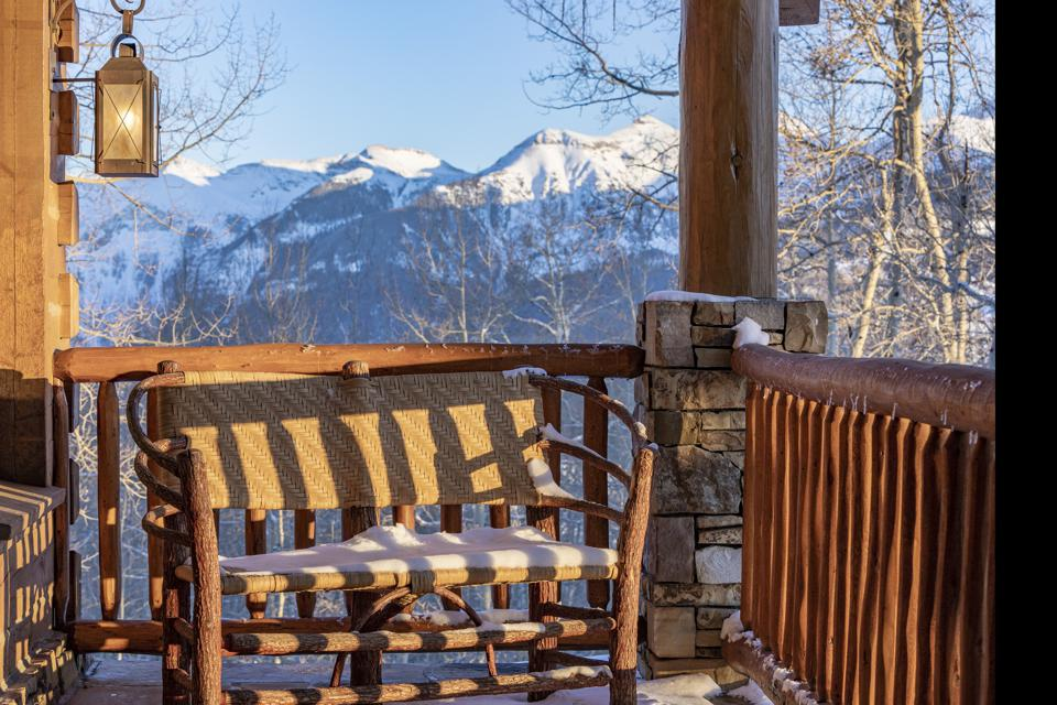 Porch with views of mountains