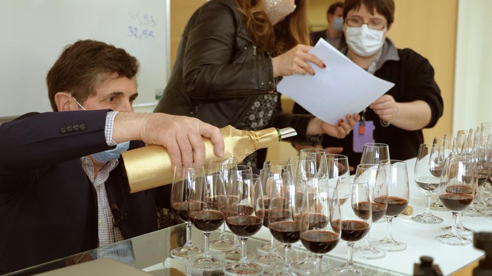 A panel of experts blind tasted bottles of Petrus that were aged in space for over 400 days.