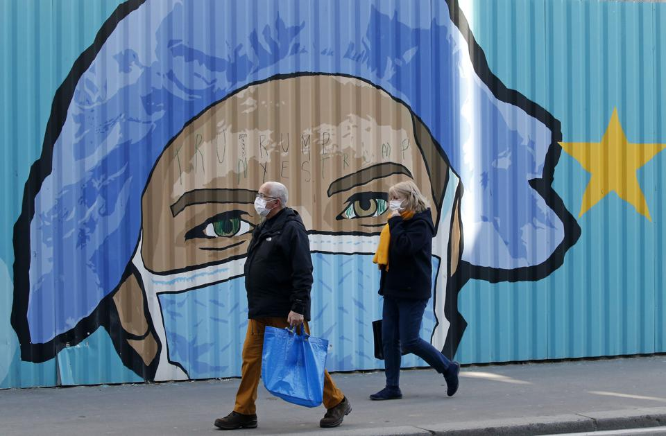 Street Artists Depict Murals With Face Masks in Paris