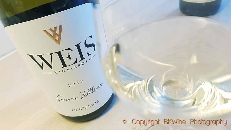 Weis Vineyards Grüner Veltliner 2019, Finger Lakes, New York