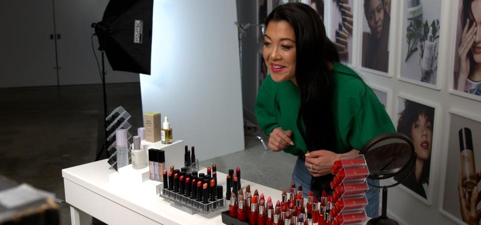 Avon's Adriana Ariga hosts the beauty brand's first live-stream shopping event.