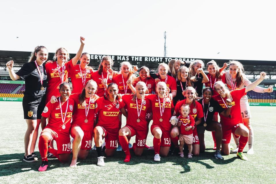 FCN's women's team celebrating.