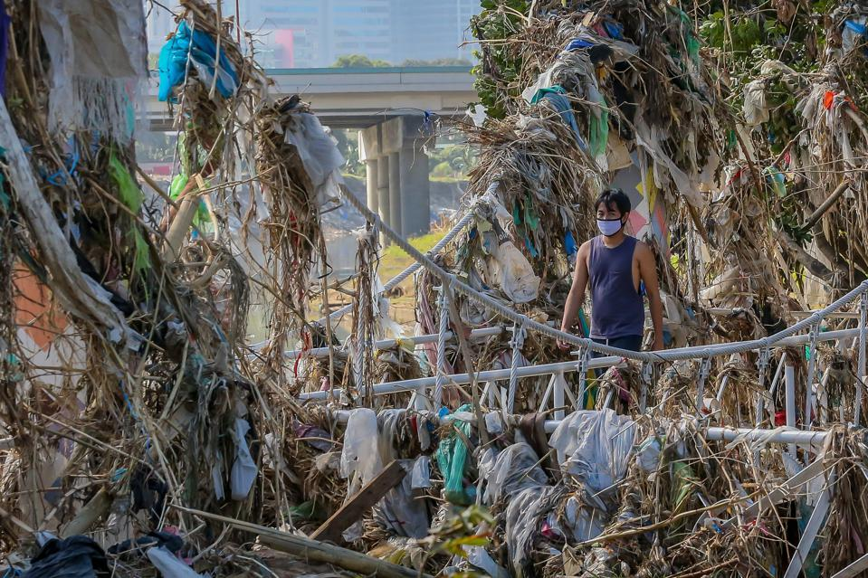 PHILIPPINES-MARIKINA CITY-TYPHOON VAMCO-AFTERMATH