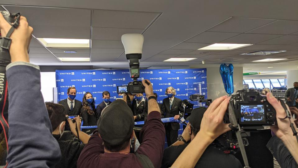The cameras were out to capture a cut of tape marking United's SFO / JFK flight on March 28.