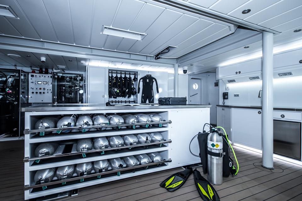 Diving facilities onboard the Game Changer superyacht