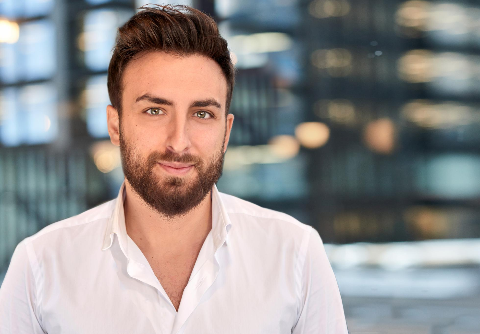 George Pallis, founder and CEO of Manual, has raised $30 million in a Series A round for the men's health startups.