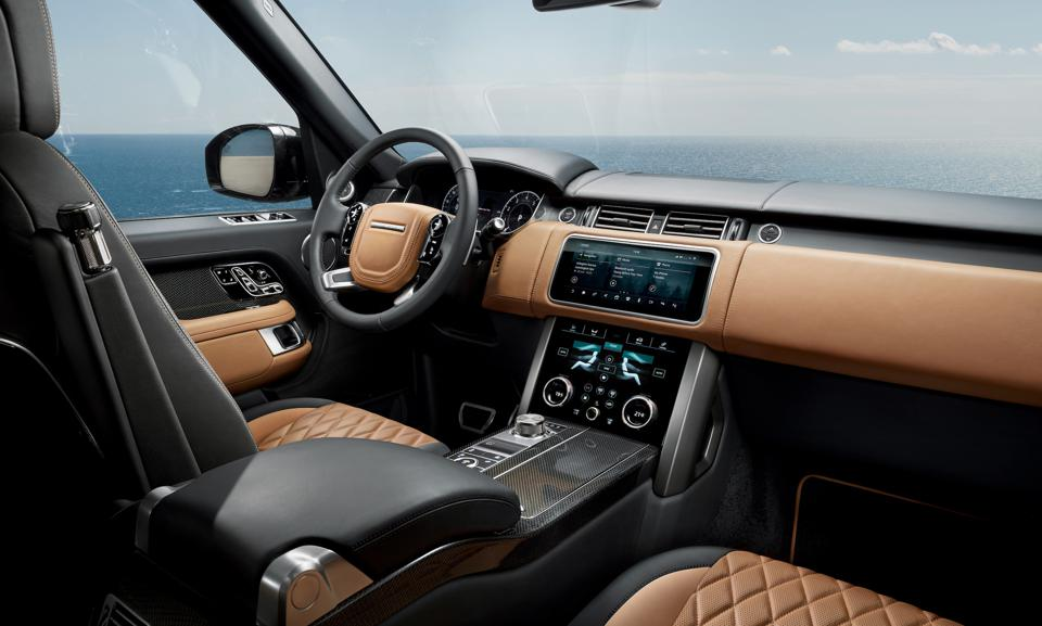 Interior and dashboard of the Range Rover SVAutobiography Ultimate edition