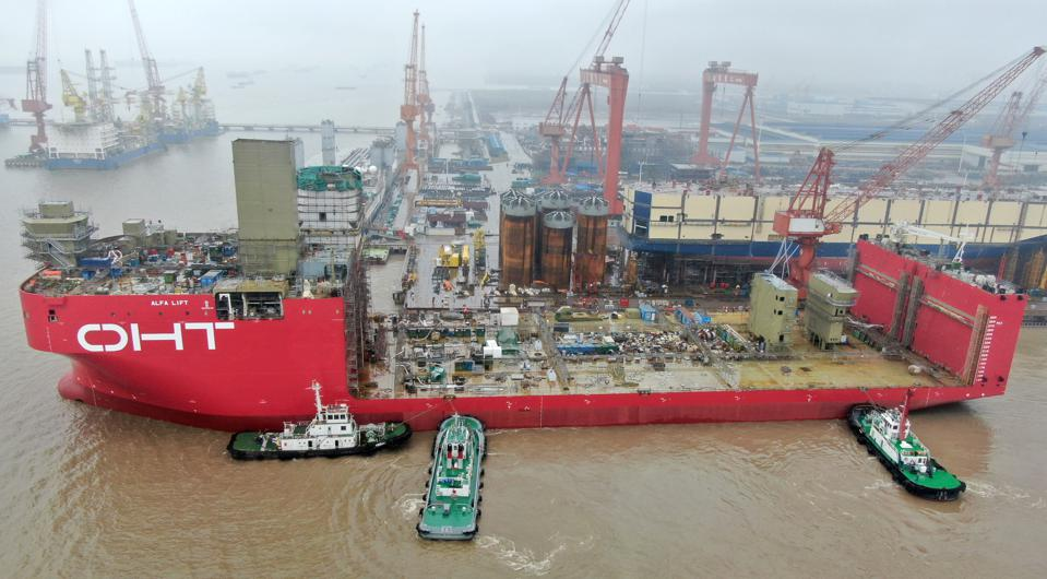 48,000 DWT Semi-submersible Ship For The Offshore Wind Industry Under Construction In Nantong