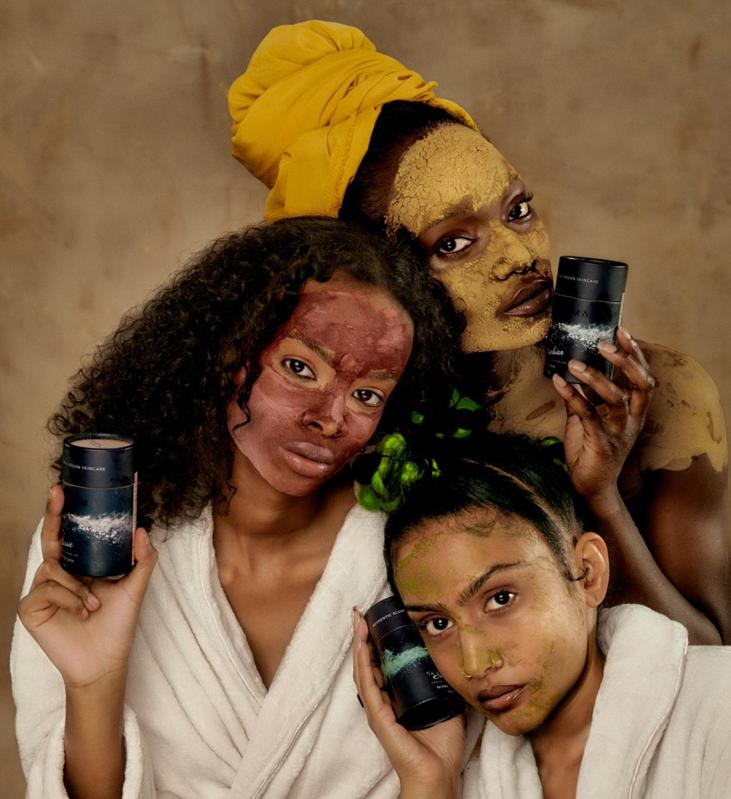 Sagal Jama models with products