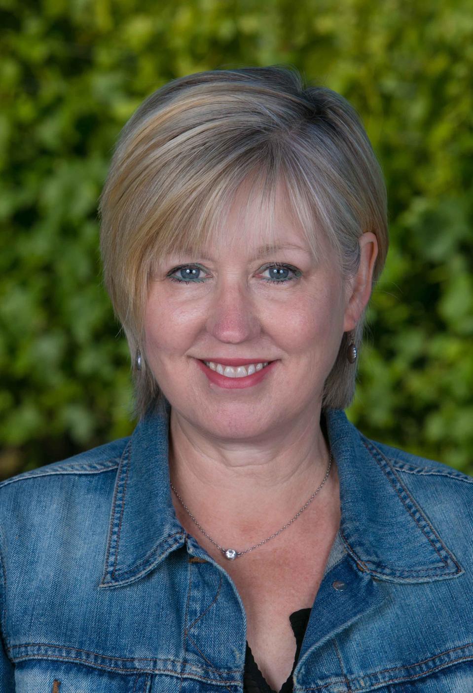 Headshot of Kathleen Inman of Inman Family Wines