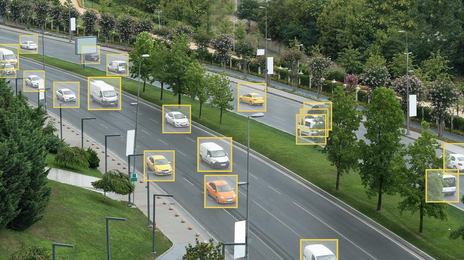 Federal government spies on suspect car locations via GM, Geotab and Spireon.