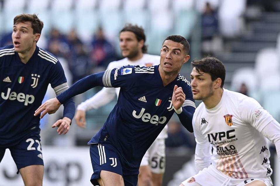 Juventus v Benevento Calcio - Italian Serie A