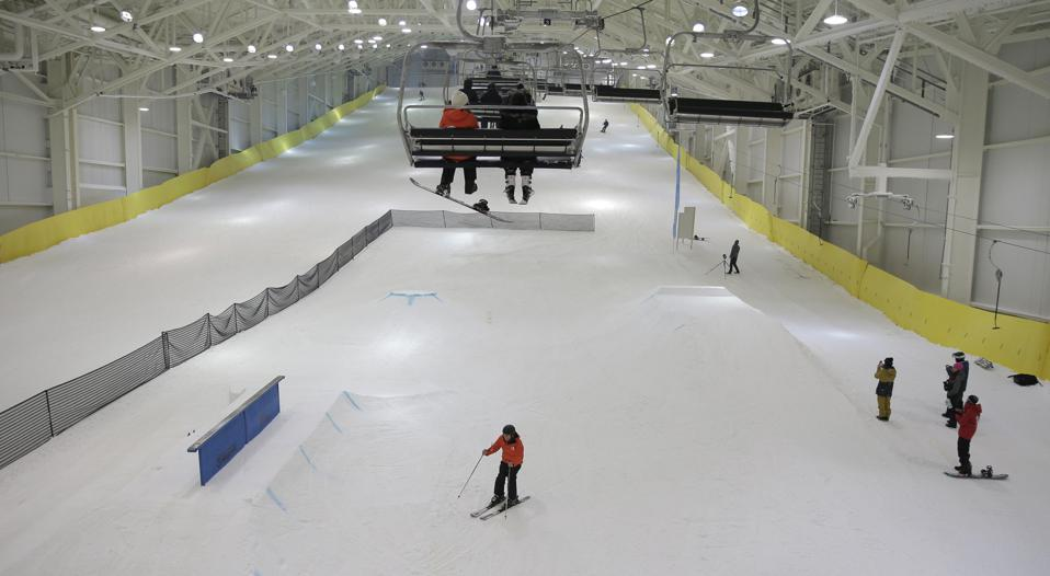 American Dream Mall Indoor Skiing