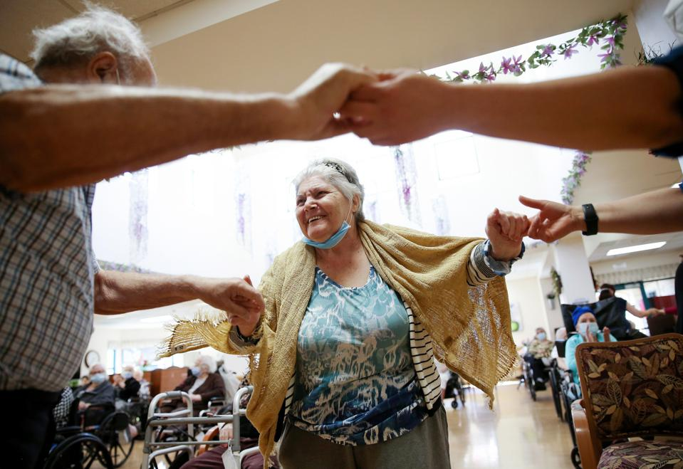 Los Angeles Nursing Facility Holds First Social Event Since Start Of Pandemic