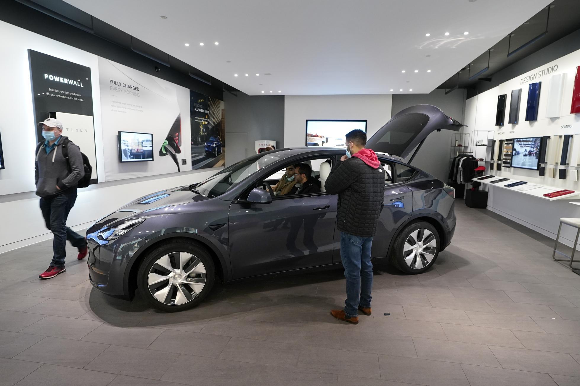Tesla-Quarterly-Deliveries