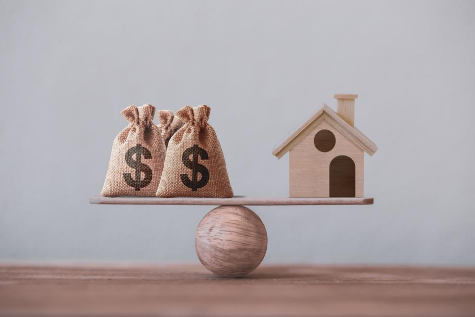 Should homeowners pay off their mortgage with low yielding assets?