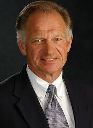 Joe Rogers Jr. dirige a Waffle House desde os anos 1970.