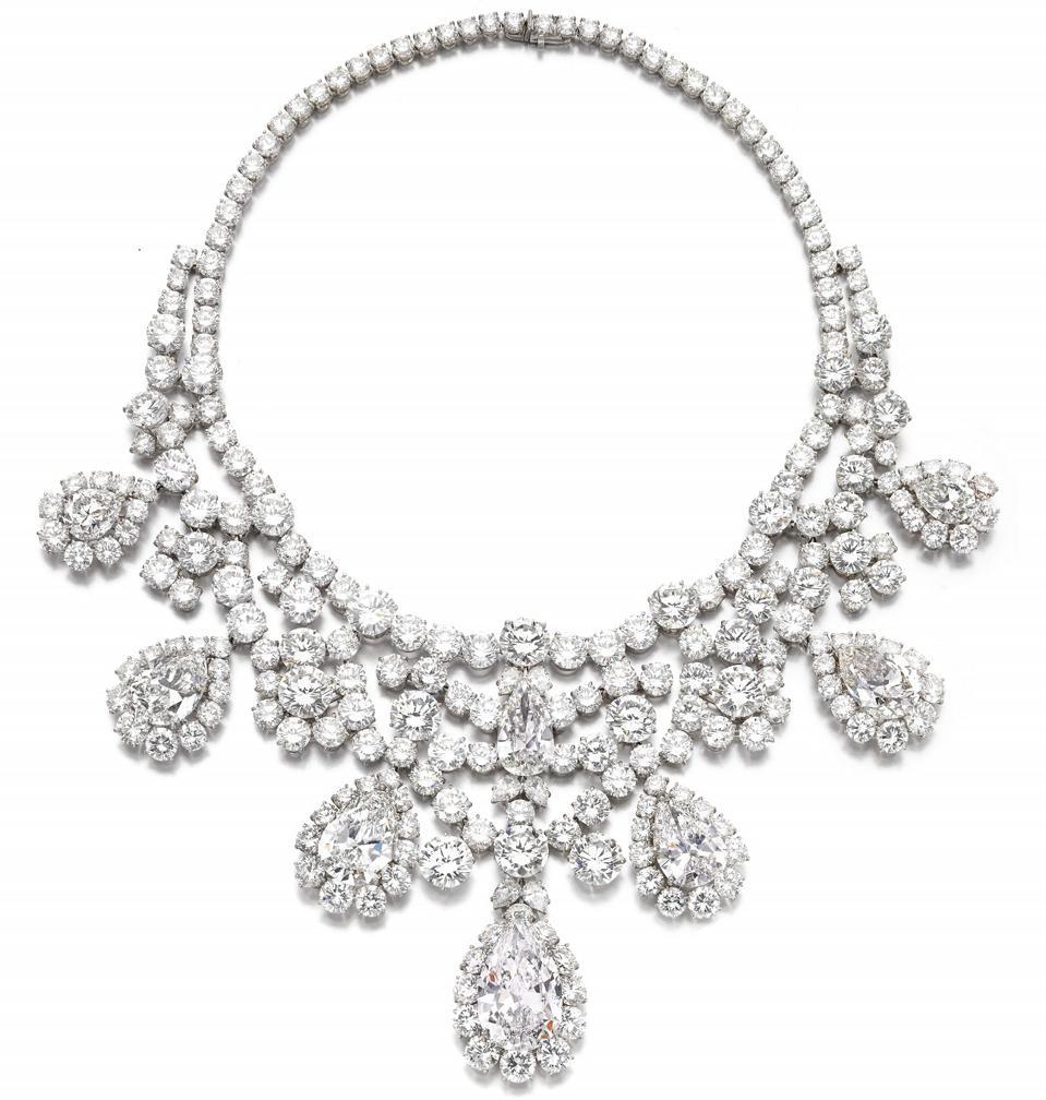 Harry Winston diamond necklace, circa 1973, set with eight diamonds weighing 280 carats